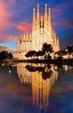 BARCELONA SPANIEN - FEBRUARI 10, 2016: Sagrada Familia basilika I Royaltyfria Bilder