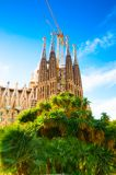 BARCELONA SPANIEN - JANUARI 02, 2018: Domkyrkan av La Sagrada Arkivbild