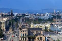 BARCELONA, SPANIEN, kann: Stadtbildansicht von Drassanes-Quadrat Placa de Les Drassanes in Barcelona, Spanien Stockfotos