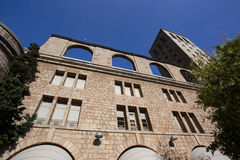 BARCELONA, SPANIEN - 30. OKTOBER 2015: Ansicht des Gebäudes bei Montser Stockfotografie