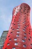 BARCELONA SPANIEN – OKTOBER 20: Hotell Porta Fira på Oktober 20, 2013 i Barcelona, Spanien. Hotellet är en byggnad för 28 berättel Arkivbilder