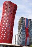 BARCELONA SPANIEN – OKTOBER 20: Hotell Porta Fira på Oktober 20, 2013 i Barcelona, Spanien. Hotellet är en byggnad för 28 berättel Royaltyfri Foto