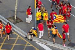 BARCELONA, SPANIEN - SEPT. 11: Leute Verkündungsingependence Stockfoto