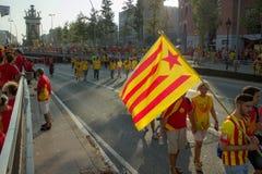 BARCELONA SPANIEN - SEPT 11: Visande ingependence för folk Royaltyfri Fotografi