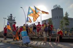 BARCELONA SPANIEN - SEPT 11: Visande ingependence för folk Arkivfoto