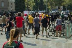 BARCELONA SPANIEN - SEPTEMBER 11, 2014: Antifa manifestation Fotografering för Bildbyråer