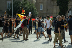 BARCELONA SPANIEN - SEPTEMBER 11, 2014: Antifa manifestation Arkivfoton