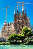 BARCELONA SPANIEN - September 10, 2017: La Sagrada Familia - Catho Arkivfoton