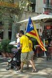 BARCELONA SPANIEN - SEPTEMBER 11, 2014: Manifestating inde för folk Royaltyfri Fotografi