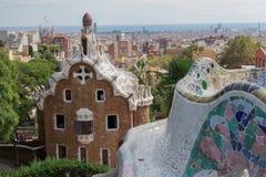 Barcelona, Spanien - 24. September 2016: Park Guell-Casa del Guarda - Träger bringen unter Lizenzfreies Stockbild