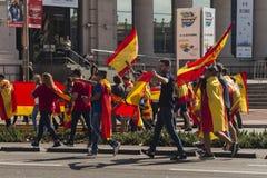 Barcelona Spanien, 8th Augusti 2017: Demonstration för enhet med Spanien Arkivfoton