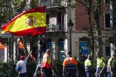 Barcelona Spanien, 8th Augusti 2017: Demonstration för enhet med Spanien Arkivfoto