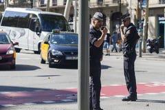 Barcelona Spanien, 8th Augusti 2017: supportrar för enhet skyddades Royaltyfri Fotografi