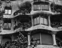 Barcelona Spanien, vår: stads- arkitektur i stadsmitten royaltyfria bilder