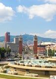 BARCELONA, SPANJE - AUGUSTUS 12: Panorama van Barcelona cityfr Stock Afbeeldingen