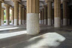 Barcelona Spanje door beroemd honderd pijlerspark Guell Stock Fotografie