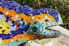 Barcelona, Spanje Het beeldhouwwerk van het hagedismozaïek in Park Guell Royalty-vrije Stock Afbeelding
