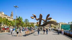 BARCELONA, SPANJE - SEPTEMBER 17: Een reuzezeekreeftbeeldhouwwerk bij Th Royalty-vrije Stock Afbeelding