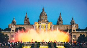 barcelona springbrunn arkivfoto