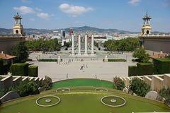 Barcelona stadssikt från nationell slott Arkivbild