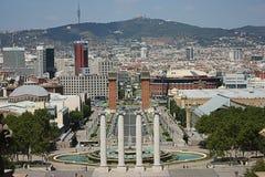 Barcelona stadssikt från nationell slott Arkivfoton