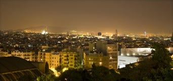 Barcelone dans la nuit Images libres de droits