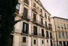 BARCELONE, ESPAGNE - 30 JUIN La rue principale par l'intermédiaire de Laietana est le nom d'une voie de communication importante  Photographie stock libre de droits