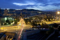 Barcelone la nuit Image stock