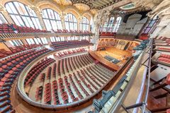 BARCELONE - 11 MAI 2018 : Intérieur catalan de palais de musique jpg d'une image de vecteur Photo libre de droits