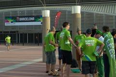 BARCELONE - 6 SEPTEMBRE : Fans de la Slovénie avant match Image stock