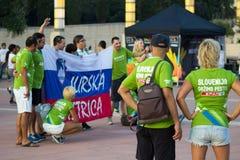 BARCELONE - 6 SEPTEMBRE : Fans de la Slovénie avant match Photographie stock
