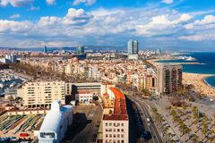 Barceloneta από το υψηλό σημείο. Βαρκελώνη στοκ εικόνα