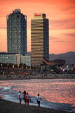 Barceloneta au crépuscule photographie stock libre de droits