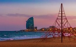 Barcelonetas solnedgångsikter fotografering för bildbyråer