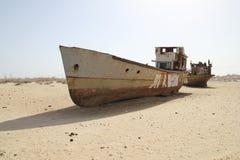 Barche arrugginite del mare di Aral Fotografia Stock Libera da Diritti