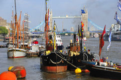 Barche decorate con le bandiere Immagini Stock