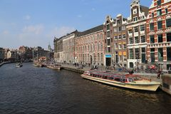 Barche di giro a Amsterdam Immagini Stock Libere da Diritti