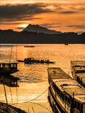 Barche di giro nel Mekong Immagini Stock
