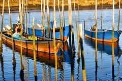 Barche di legno tradizionali in fiume di Lima Fotografie Stock Libere da Diritti