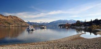 Barche di Wanaka del lago, Otago Nuova Zelanda Immagini Stock