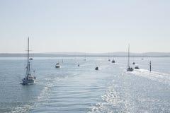 Barche e yacht dell'oceano immagine stock
