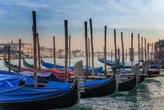 Barche Gondole Venezia Arkivfoton