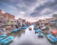 Barche in massimo con moto in Alexandria Egypt immagini stock libere da diritti