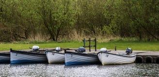 Barche messe in bacino Fotografia Stock Libera da Diritti