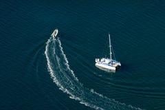 Barche nel mare Fotografie Stock
