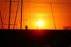 Barche nel porto al tramonto, Immagini Stock Libere da Diritti