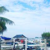 BARCHE nel porto di Ujung Pandang Immagini Stock