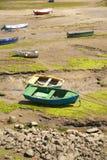 Barche nella marea bassa Fotografie Stock