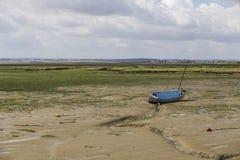 Barche nella marea bassa Fotografia Stock Libera da Diritti