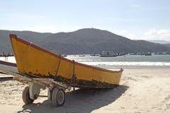Barche nella sabbia Immagini Stock